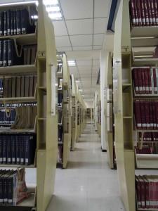 走道與書架側封板