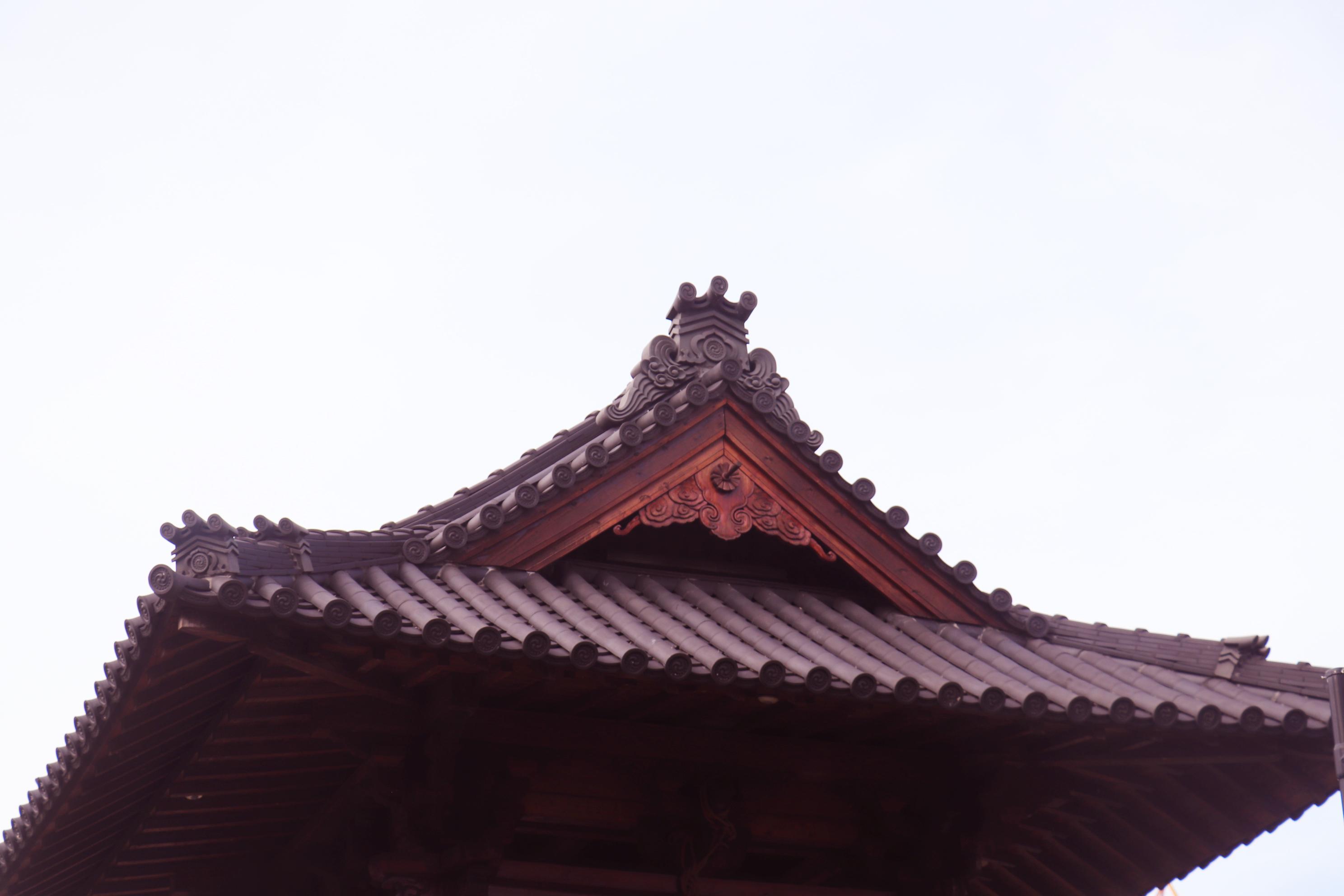 鐘樓頂端的細節。