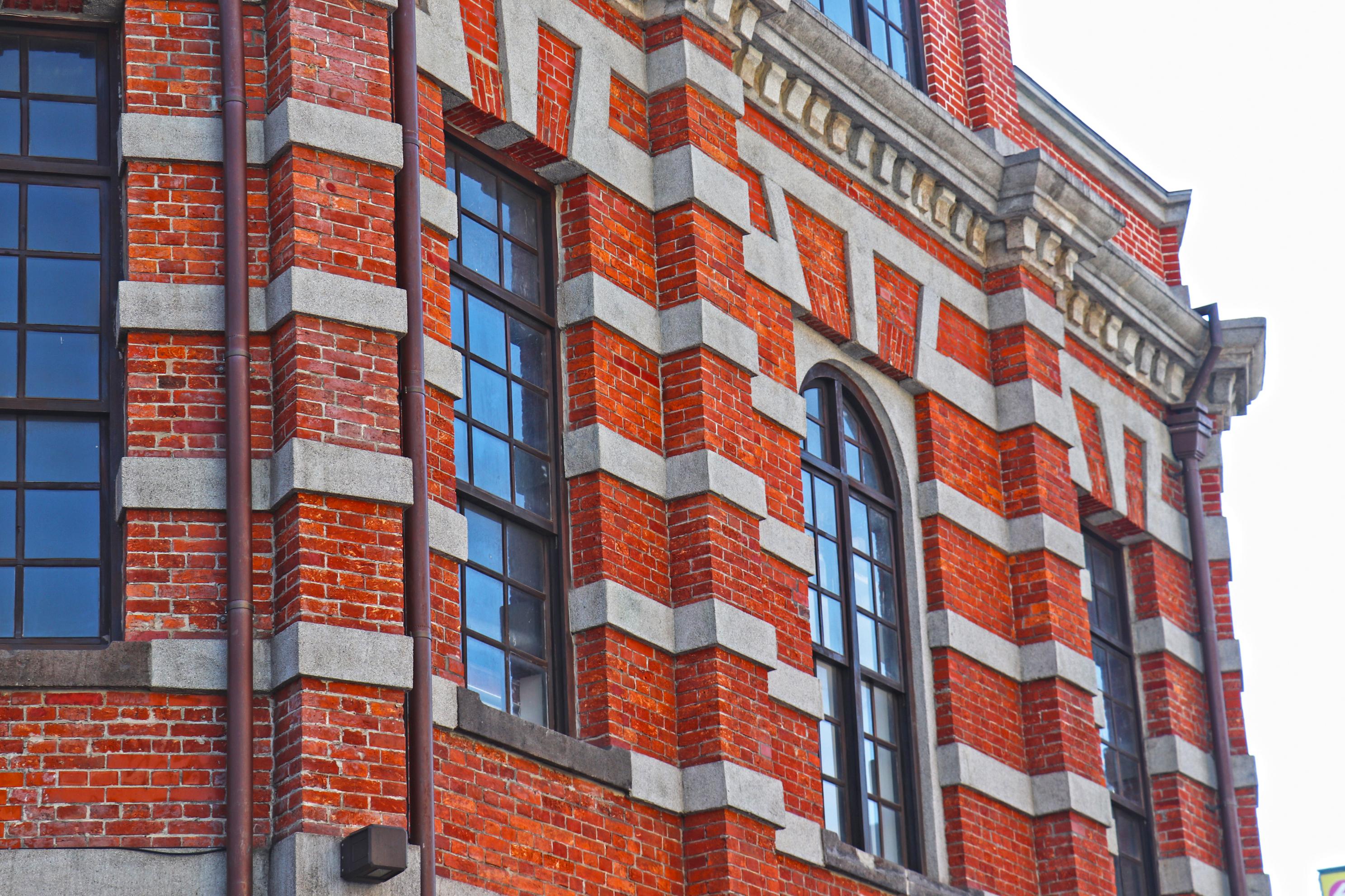 八角樓的二樓窗型。